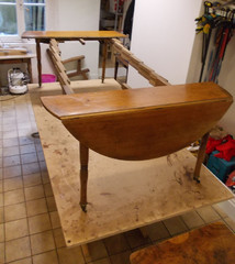 Table à rallonge de style Louis Philippe